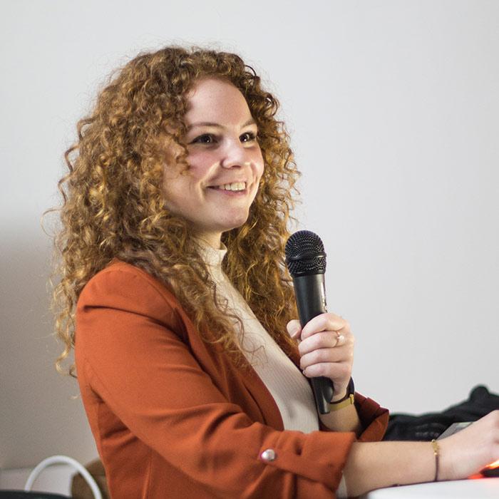 Eline de Haas digital marketeer bij altdoo